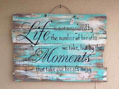 shabby chic pallet board quote