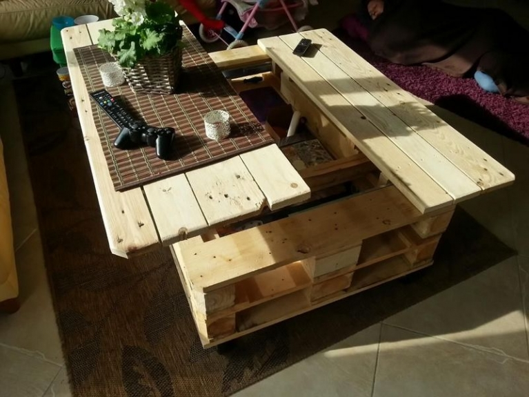 pallet coffee table with easy lift lid