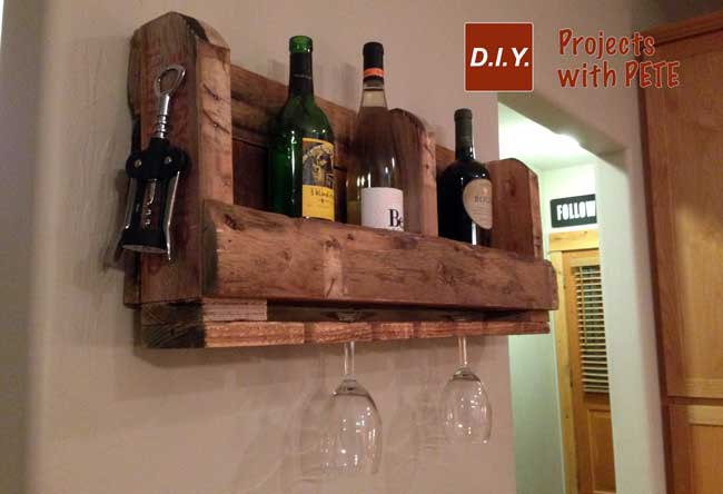 Easy to make pallet wine reack