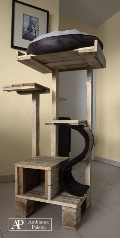 Kit-for-cats-made-with-pallets-4