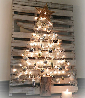 Our Favourite Christmas Decoration Ideas Using Pallets