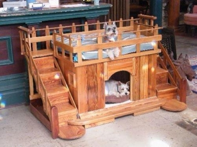 amazing-recycled-pallet-dog-house