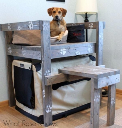 upcycled-pallet-dog-bunk-bed